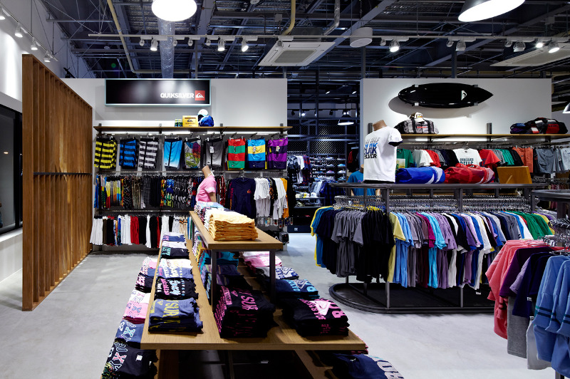 Quiksilver Factory Outlet Rinku Specialnormal Inc